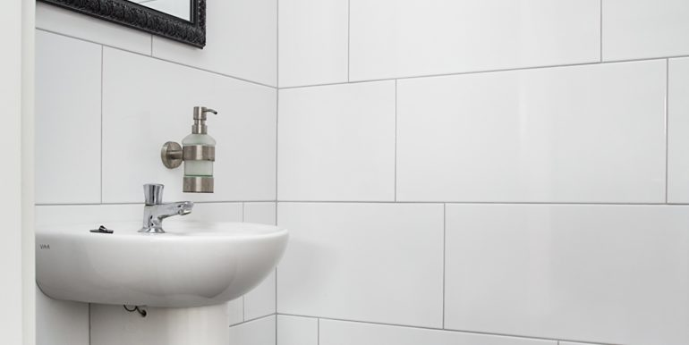 02-Toilet-02